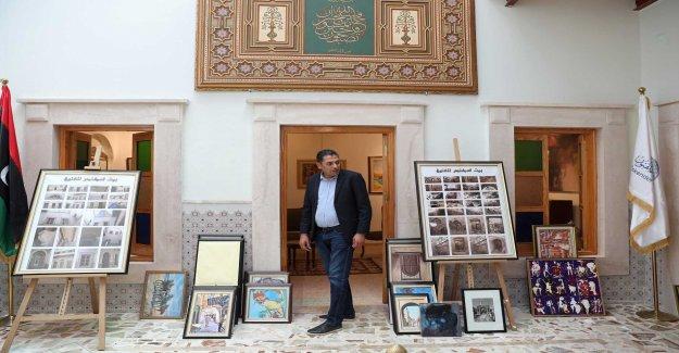 The art of living in war-torn Tripoli