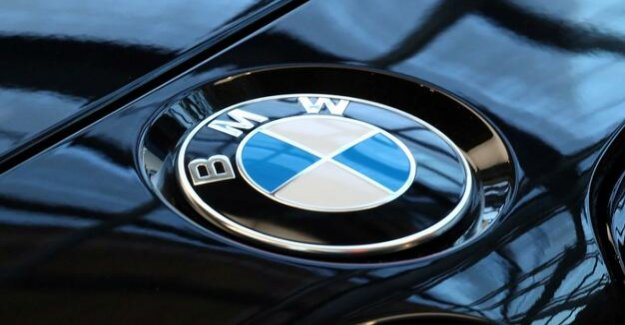 The development of the Internet of things : BMW and Microsoft want to network production processes more