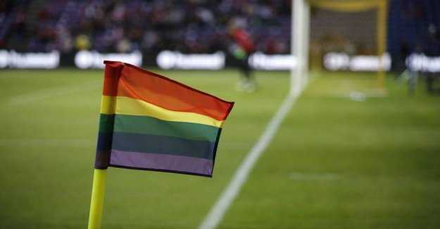 The league marks the opposition to homophobia in the weekend