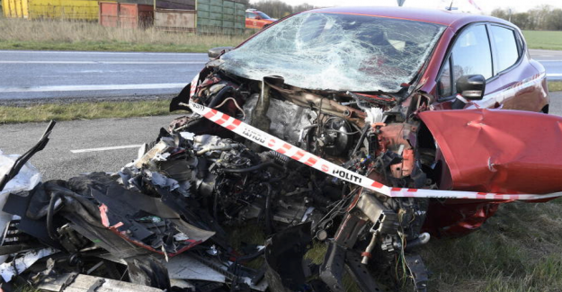 The passenger car hit head-on: Was pushed out in front of the truck