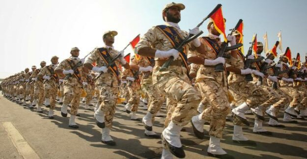 The revolutionary guards are a terrorist organization : Trump against the Mullahs - follows an Intervention?