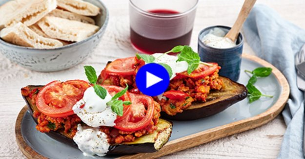 These stuffed aubergines with an exotic twist taste to the holiday