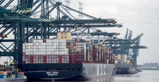 Three dock workers arrested for cocaïnevangst of 500 kg