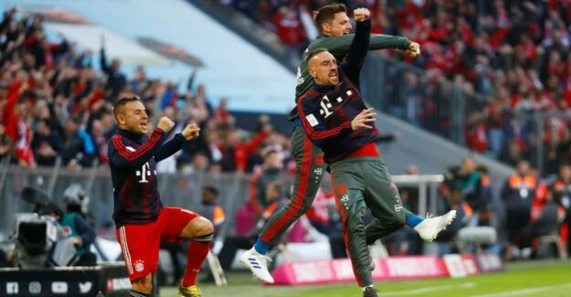 Top match in the Bundesliga : Bayern München, and the sweet glory of an easy victory