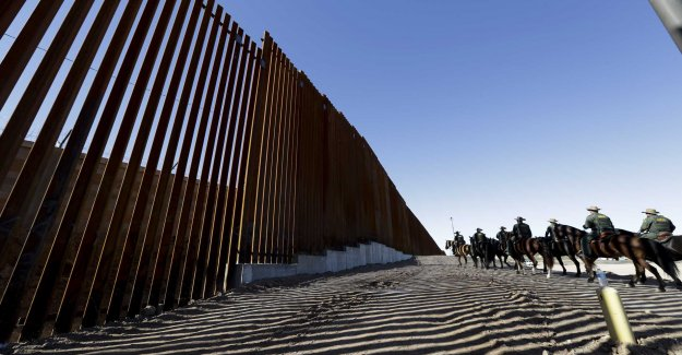 Trumphot about the closed border can be truly