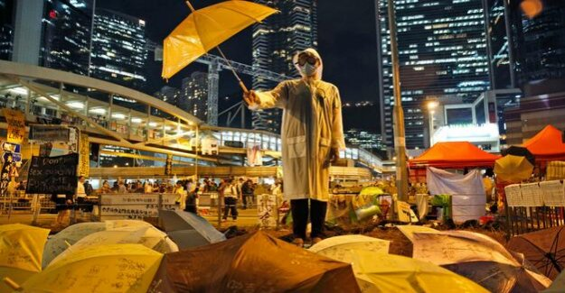 Umbrellamovement : Nine democracy activists in Hong Kong found guilty