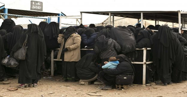 Up to 80 children to the ICE-swedes in the syrian camp