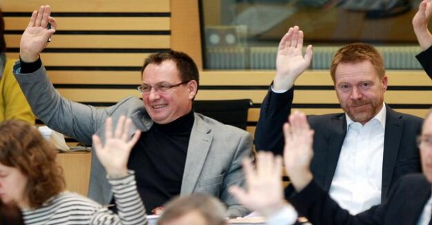 Uproar in Thuringia : Sarrazin invited - a Deputy in the SPD group stay