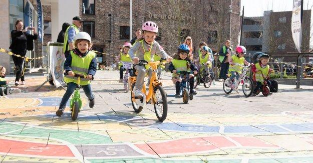 VIDEO. Preschoolers reason today all of their Tour of Flanders in Oudenaarde