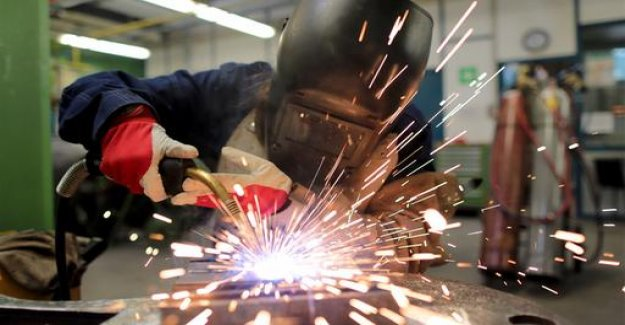 Vocational education and training report: a Good year for apprentices