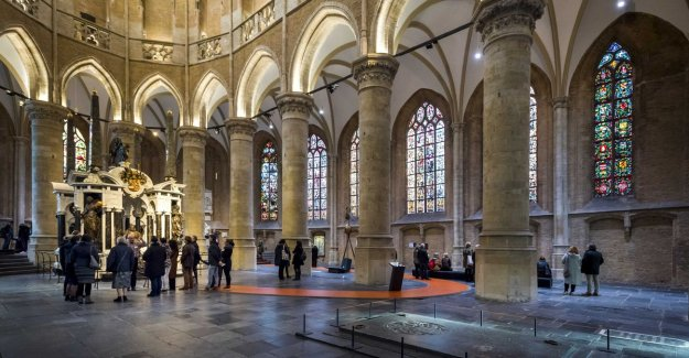 Why is there such a big mystery about the royal tomb of the Dutch court?