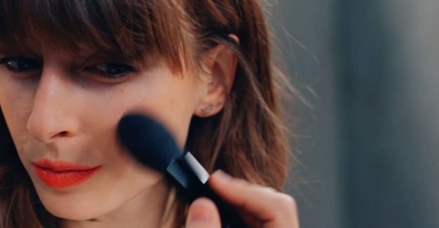 1-minute beautytip: as you bring in a simple way blush to