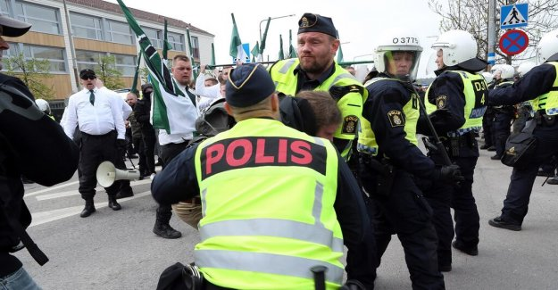 A person arrested after nazistdemonstrationen in Kungälv
