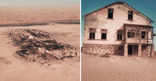 African ghost town slowly disappears in the desert