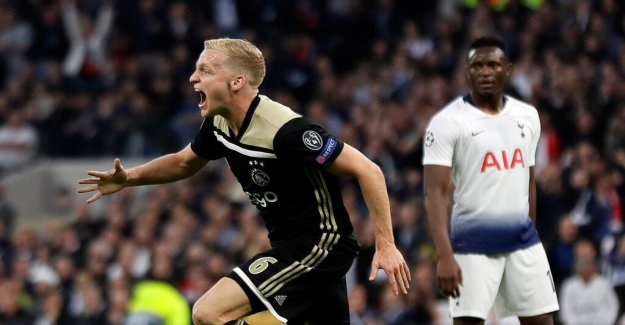 Ajax on the way to the final of the Champions League, defeated Tottenham at bramall lane