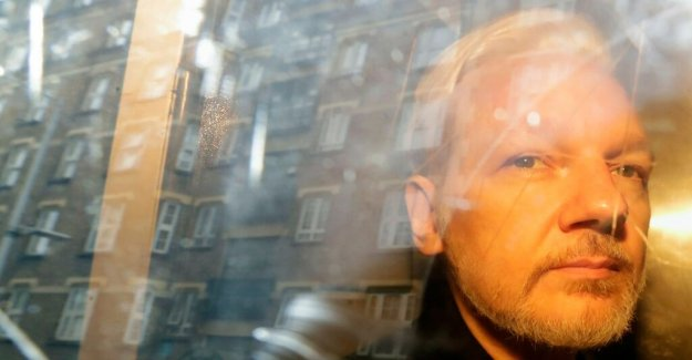 Assange's extradition to the united states up in the right