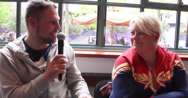 Beautiful moment: marriage proposal in Disneyland Paris during a live broadcast of Joe