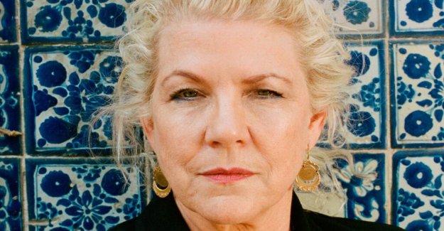 Book review: Jennifer Clement, Gun love has a singular power