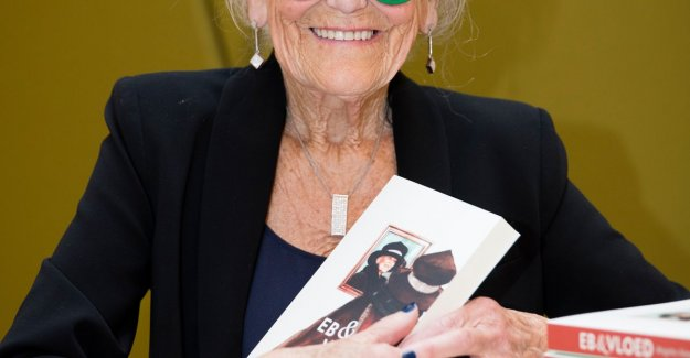 Brigitta (90) up with schrijversdebuut: My book is an ode to the life