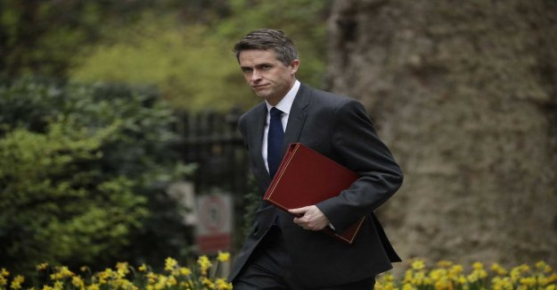 British minister sparkats are not being investigated