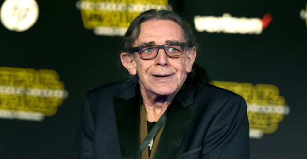 Chewbacca from Star Wars dead: actor Peter Mayhew died