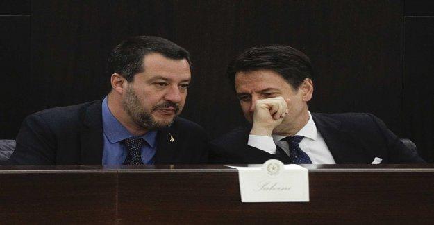Conte is taking a stance in sensitive regeringsfråga