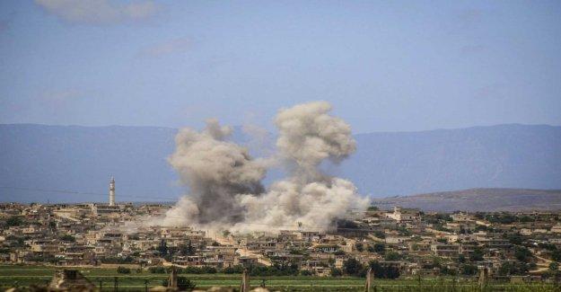Continued air strikes against the syrian jihadistfäste