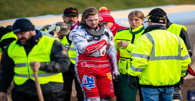 Crashed nasty – was taken to the hospital
