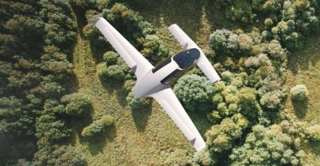 Electric flight taxi for the first time in the air
