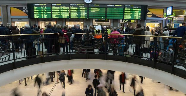 Electrical fault halts all trains between Stockholm and Gothenburg