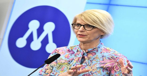 Elisabeth Svantesson took out compensation for double accommodation