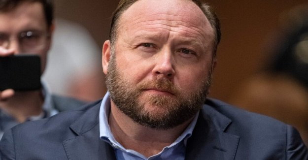 Facebook rolls out Infowars and other spreading hatred