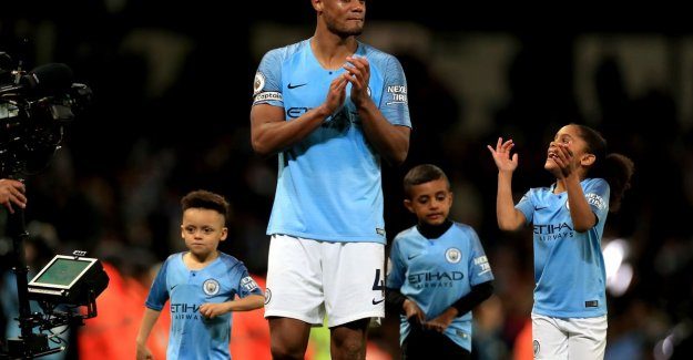 Farewell to Man City with a title? Kompany let the tears run free during the victory lap