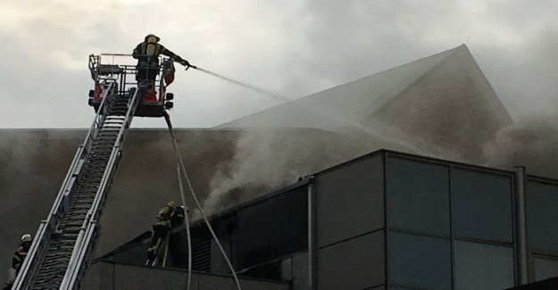 Fire in Mainz, the Rheingoldhalle, is to done immense damage