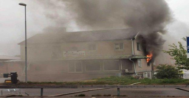 Fire in the skumplastfabrik - dangerous smoke