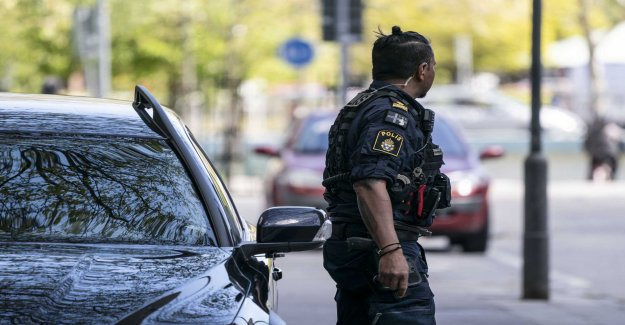 Five arrested after suspected robbery in Malmö