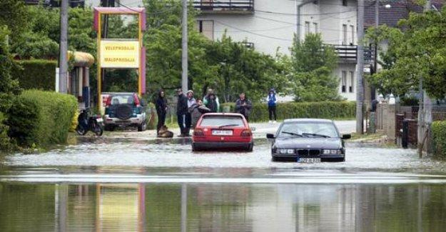 Floods put regions in Bosnia and Croatia lame