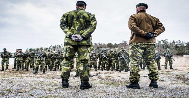 Försvarsexpert: Additional funds are needed