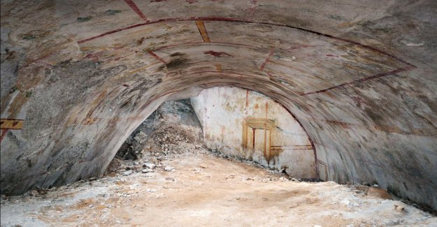Hidden underground room in the golden palace of emperor Nero discovered