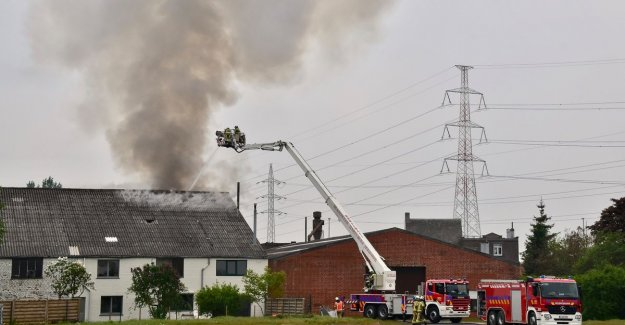 House in old hangar burned: resident and dog escape