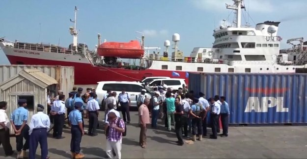 Huthierna in Yemen from ports – opens for relief