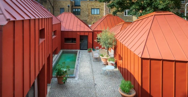 Insanely live: six steel pyramids constitute exceptional house in the heart of London