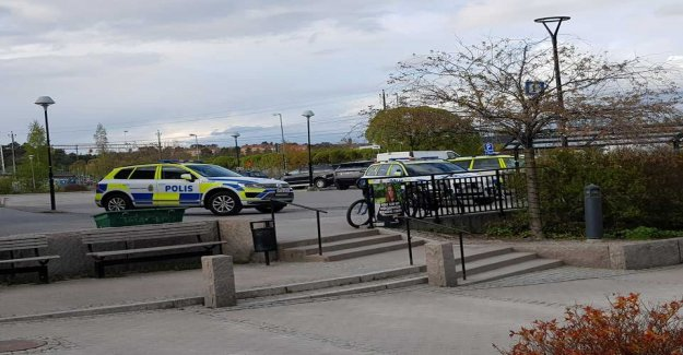 Knivman tried to rob the grocery store in Rotebro – large police operation