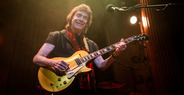 Konsertrecension: Steve Hackett time to show all its unruly width