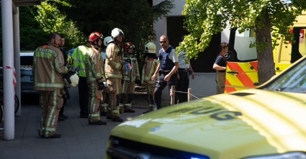 Man (68) ends up under a train in Kwatrecht and gets badly injured: rail transport is hours silent and 80-odd passengers evacuated