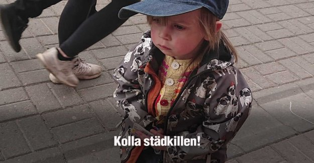 Mika, 4, clean the streets and squares