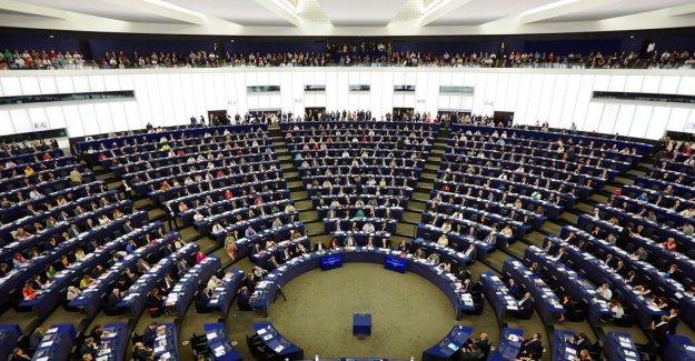 M:s femtenamn to the EU goes against the party's top names on the kvittoredovisning