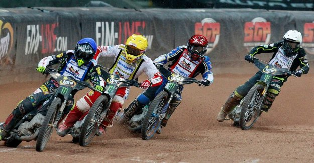 Opponents in the world CUP-premiere: 60.000 Polish speedwayfans