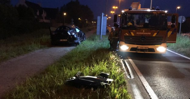 Passenger is killed in fatal traffic accident in Waregem, three other passengers are injured