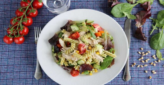 Pasta salad with chicken, feta and pesto